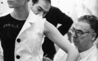 El Museo Cristóbal Balenciaga analiza el valor patrimonial de la obra del diseñador español