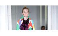 Les défilés parisiens s'ouvrent sur l'univers coloré de Niki de Saint Phalle