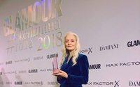 Журнал Glamour назвал 63-летнюю Валентину Ясень «Моделью года»