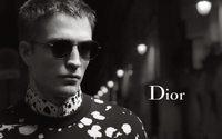 Robert Pattinson, carismático e fascinante na nova campanha Dior