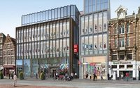 Uniqlo opens its first Dutch branch in Amsterdam