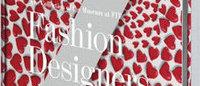 """""""ファッション界で最も頭の良い女性""""による書籍 Taschenが出版 カバーはプラダなど33種"""