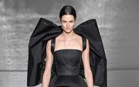 Quintessência da elegância na Givenchy Couture
