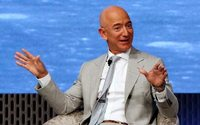 Amazon boss Bezos to face protests from traders during India trip