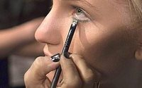 Global face make-up market to grow 5% annually by 2020