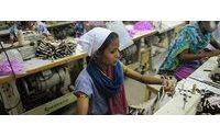 Diferentes ONG dan a conocer en La Nau las condiciones laborales de trabajadoras indias del sector textil