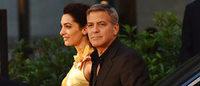 ジョージ・クルーニー夫妻が映画トゥモローランドのレッドカーペットで「オメガ」着用