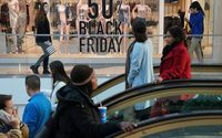 Black Friday shoppers stay away from stores, make $7 billion-plus splurge online