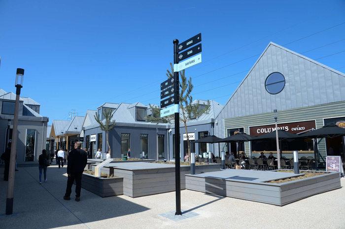 aubergenville marques avenue centre commerciaux. Black Bedroom Furniture Sets. Home Design Ideas