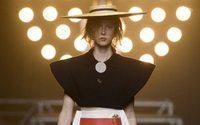 Jacquemus marque son territoire à la fashion week parisienne