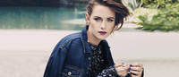 O jeans e a estética gótica na Marie Claire America de agosto