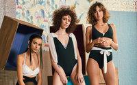 Aurelia Gil, delicadeza canaria al servicio de bikinis y trajes de novia