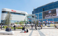 "Westfield owner to slash US presence, is committed to ""best assets"" in UK"