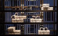 Max Mara lanciert Kunst an der Brille