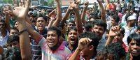 Bangladesh : les ouvriers du textile poursuivent leur mouvement pour les salaires