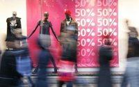 Saldos e promoções cativam consumidores mais jovens