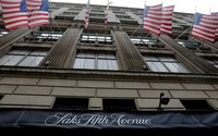 Hudson's Bay Co losses widen on lower sales, heavy discounts