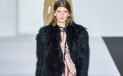 Sfilate di moda Donna  le tendenze ... 9c63a6c06cc