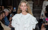 London Fashion Week: Simone Rochas damenhafte Dekonstruktion