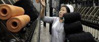 Sostanze tossiche sui vestiti, la campagna di Greenpeace 'converte' le griffe