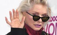 Debbie Harry entwirft Modelinie für Obey