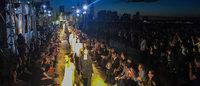 NY:ジバンシィ、9.11に響く愛の賛歌