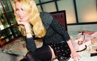 Claudia Schiffer präsentiert ihre zweite Strumpfhosenkollektion mit Kunert
