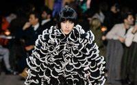 Marc Jacobs clôture la saison new-yorkaise dans un chaos millimétré