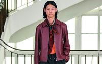 Per svelare la sua collezione per l'uomo, Hermès ha sfilato al Mobilier National