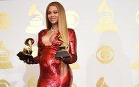 Peter Dundas'nın yeni markasının ilk parçalarını Beyonce tanıttı