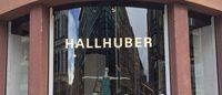 Hallhuber eröffnet in Berlin