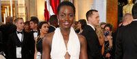 Vestido usado pela atriz Lupita Nyong'o no Oscar roubado do quarto de hotel