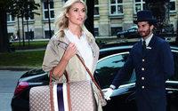 Joop! wirbt mit Lena Gercke für die kommenden Reisetaschen-Kollektion