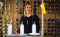 Anne-Marie Afflard, corsetière pour Simone Pérèle : gestes précis et belles dentelles