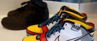 UA 和阿迪也出现在二手球鞋市场,但情况和耐克并不一样