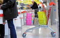 Les Français réduisent leurs achats hygiène-beauté en grande distribution