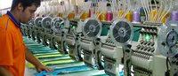 Indústria Brasileira contrai pelo 3º mês com forte queda da produção