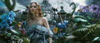 """Dernier coup d'éclat de Marc by Marc Jacobs avec """"Alice In Wonderland 2"""""""