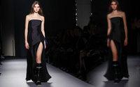 Lanvin: Bruno Sialelli, ex Loewe, è il nuovo direttore creativo dell'abbigliamento donna