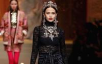 Dolce & Gabbana : drones et pécheresses s'invitent à la messe