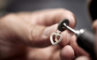 Pandora, solo gioielli da oro e argento riciclati