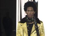 Azzaro fait défiler l'homme à la Haute Couture