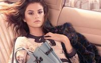 Coach dévoile sa première campagne avec Selena Gomez
