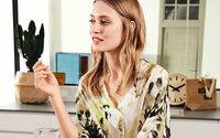 Talkabout verkauft über eigener Online-Boutique bei Hallhuber
