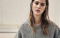 AllSaints präsentiert Maya Hawke als Alternative zur New-Yorker Modewoche