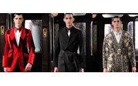 Alexander McQueen представит коллекцию в гангстерском стиле