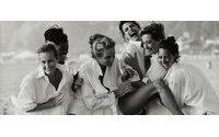 Sotheby's Londra mette all'asta delle iconiche fotografie di moda