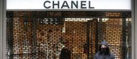 Thieves use 4X4 in ram raid on Paris Chanel store