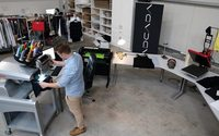 Neues Standbein für ADCADA: Mit adcada.fashion Kleidung veredeln lassen