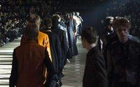 Paris Fashion Week : Dior rajeunit le costume, Hermès mise sur les accessoires